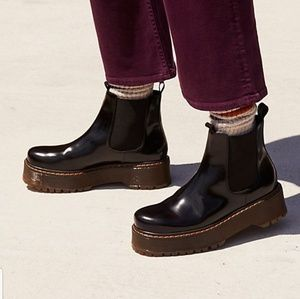 LAST 2! Free People Murray Chelsea Boot in Bordo